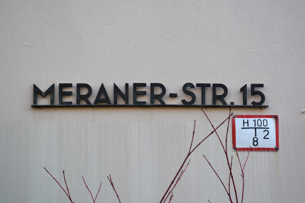 Meraner-Str. 15