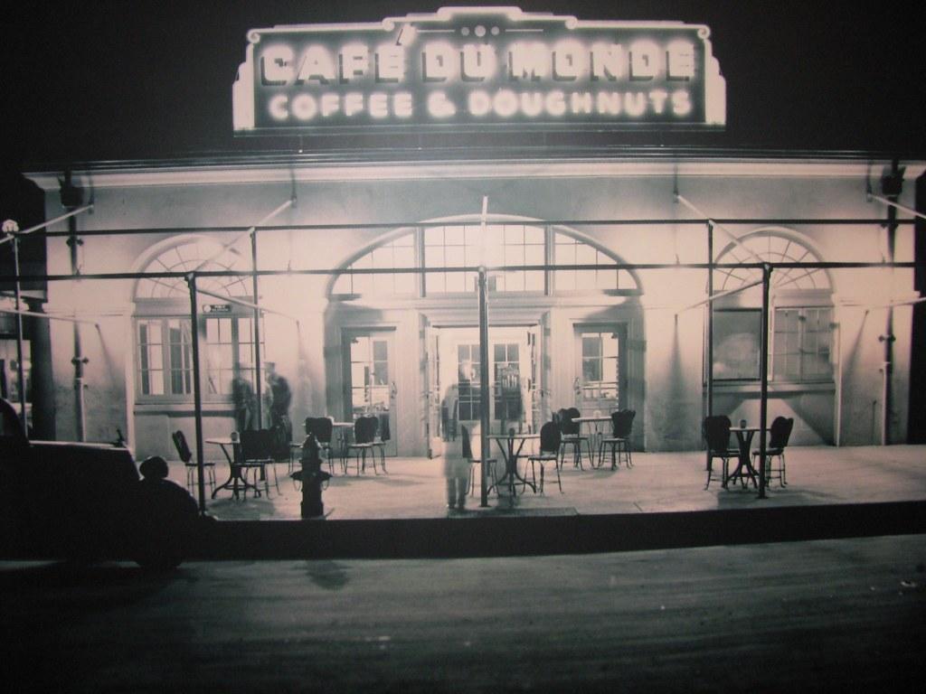 Cafe Du Monde 1930's